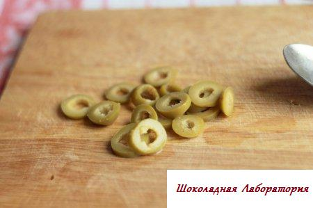 Суп с лимоном и оливками