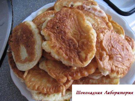 печенье кефирное рецепт, обычный рецепт оладьи с фото, аладии рецепт, выпечка из кефира, ка подготовить оладья, оладьи семейные