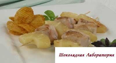 Рецепт - Шашлычки из курицы с ананасами